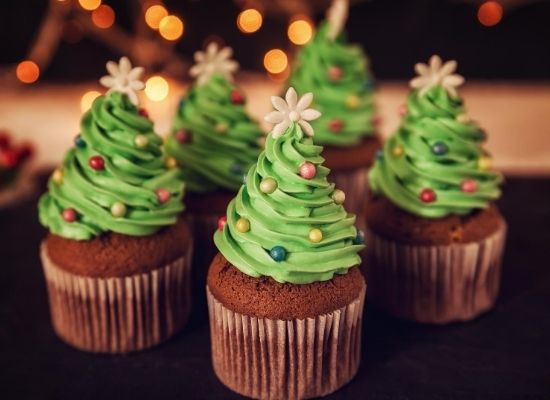christmas tree on cupcake