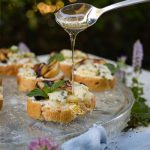 Simple Blue Cheese and Grilled Pear Appetizer Recipe