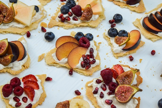 simple fruit biscut appeitizer recipe