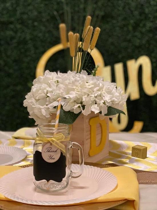 Chic table runners of burlap and yellow chevron fabric