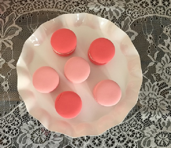 pink and red macaroons