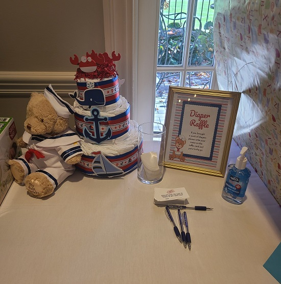 diaper raffle with diaper cake