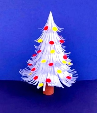 simple paper christmas tree for kids