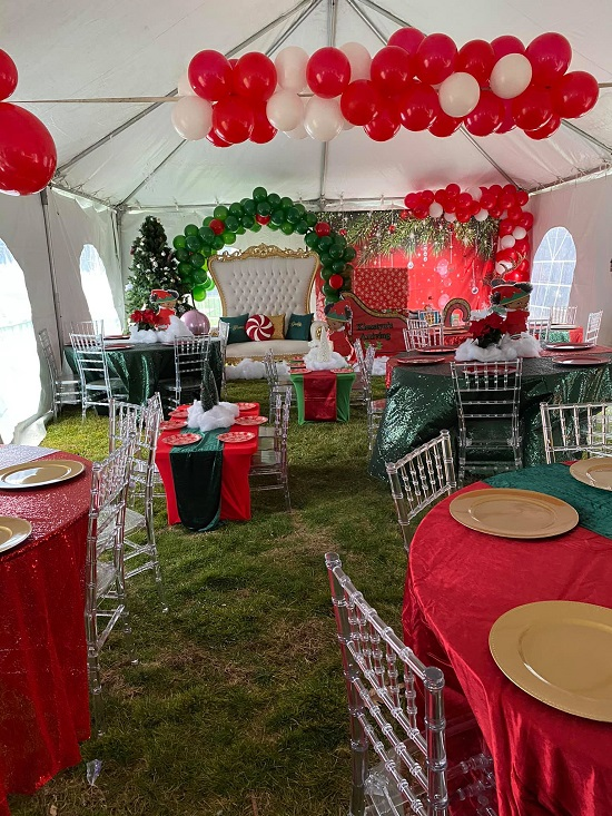Christmas themed baby shower sleigh gift table