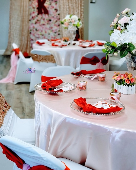 Strawberry Shortcake guest table