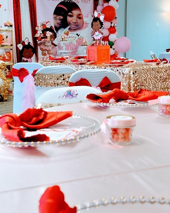 Strawberry Shortcake red chair sashes