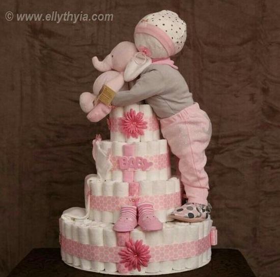 baby-girl-diaper-cake