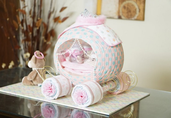 cinderella-carriage-diaper-cake