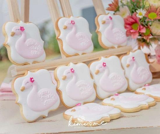 Swan Cookies Displaying on Easel