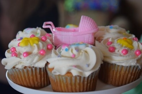 baby shower brunch cupcakes