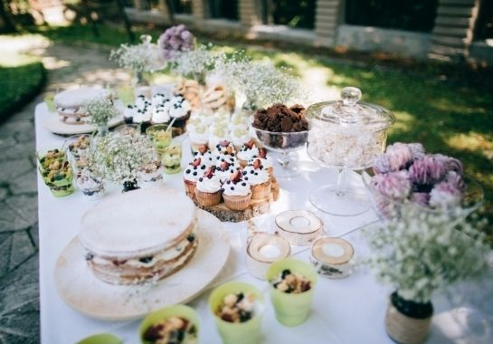 simple baby shower food buffet table setup